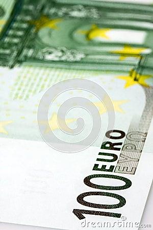 100欧元钞票特写镜头