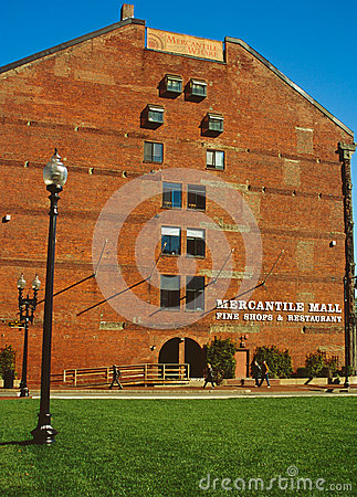 波士顿贸易的码头 编辑类库存照片