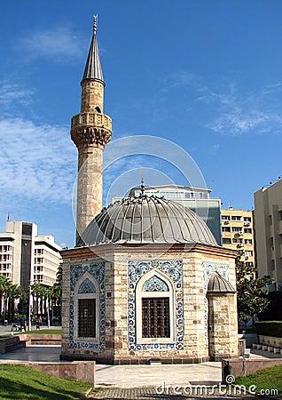 清真寺在伊兹密尔(Konak Camii)