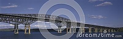 烽火台桥梁