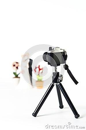 背景照相机夫妇摄制孤立三脚架婚礼白色.
