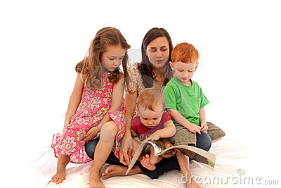 登记儿童读的孩子母亲