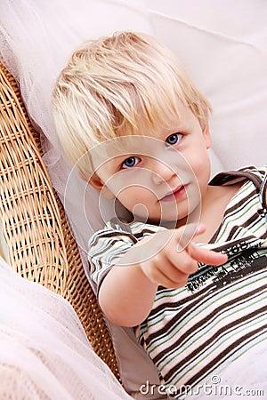 白肤金发的男孩