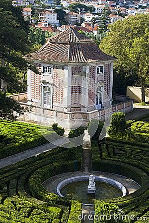 位于caxias的皇家cascata庭院的美丽的景色葡萄牙.