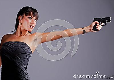 扒开少妇b就添_瞄准手枪的bautiful少妇