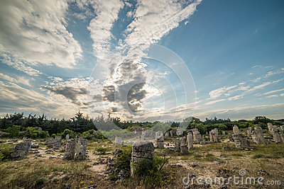 石森林(pobiti kamani)在瓦尔纳,保加利亚旁边.图片