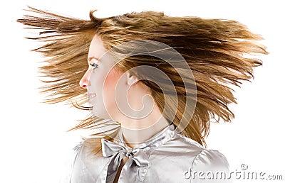 美丽的白肤金发的翻转的头发