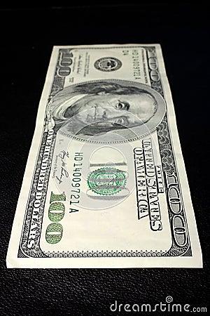 美元一百一个