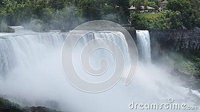 美国加拿大边境尼亚加拉大瀑布和迷雾的电影慢镜头 股票录像