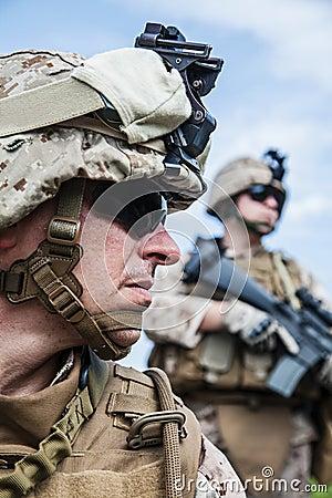 海军陆战队员愹��_美国海军陆战队员