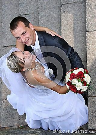 美好的婚礼夫妇