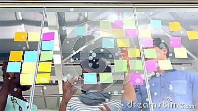 群策群力企业的工作者互动和