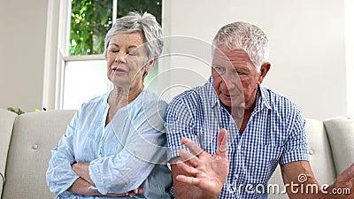 老夫妇争论 股票视频