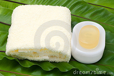 肥皂毛巾黄色