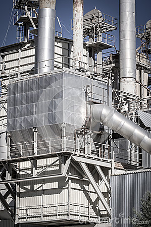 能量、管道和塔,重工业概要