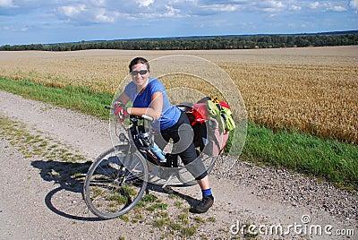 自行车游人