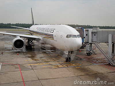 航空公司平面新加坡 编辑类照片