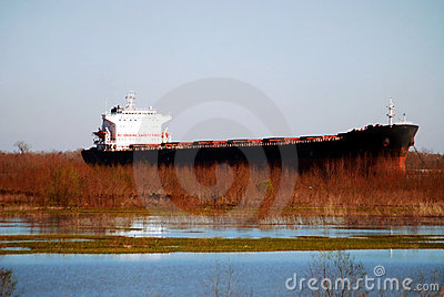 停住的帽子carrie通道在新的下条奥尔良河船溢洪道附近的路易斯安那图片
