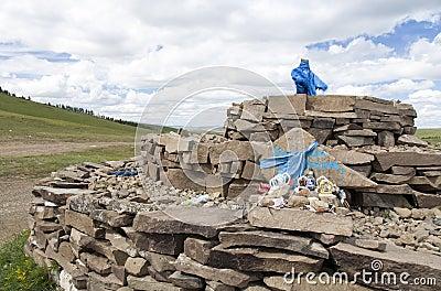 蒙古语神圣的Ovoo