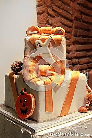 大蛋糕庆祝装饰了双万圣节. -蛋糕万圣节 图库摄影 21675092图片