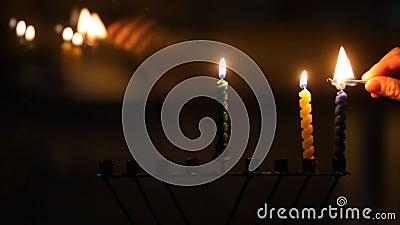 蜡烛查出白色