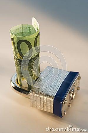 被锁定的欧元
