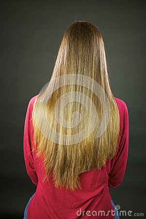被整理的半浓浓的头发图片