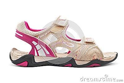 远足凉鞋的妇女
