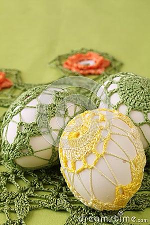 免版税库存照片: 钩针编织装饰复活节彩蛋
