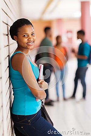 非洲肌肉女_免版税库存照片: 非洲女学生
