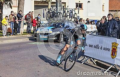 骑自行车者卢佩茨加西亚大卫巴黎尼斯2013年序幕在Houi 编辑类库存图片