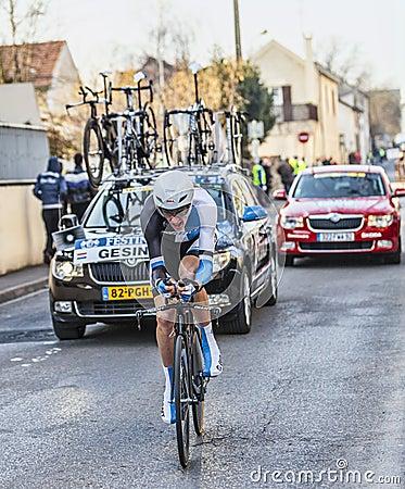 骑自行车者罗伯特Gesink-巴黎尼斯2013年序幕在Houilles 图库摄影片