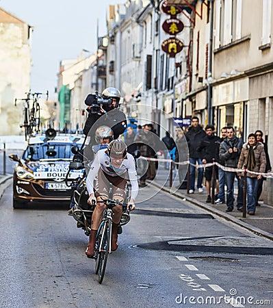 骑自行车者Bouet Maxime巴黎尼斯2013年序幕在Houilles 编辑类图片