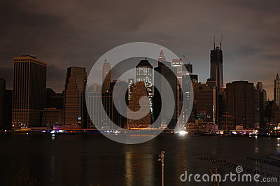 黑暗的曼哈顿 编辑类库存图片