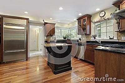 黑色花岗岩海岛厨房 免版税库存图片 图片 13458289
