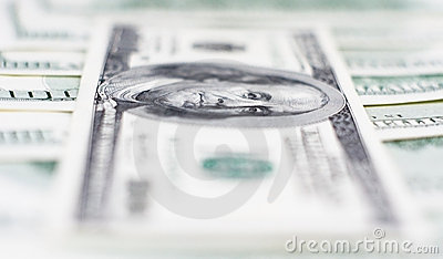 доллары 100 макросов одного