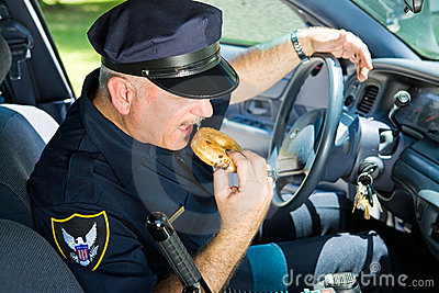донут есть полиций офицера