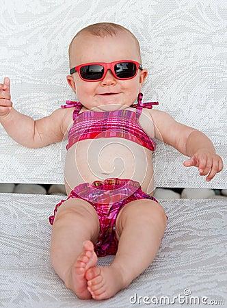 婴孩比基尼泳装