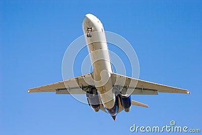 1次以后的喷气式飞机着陆