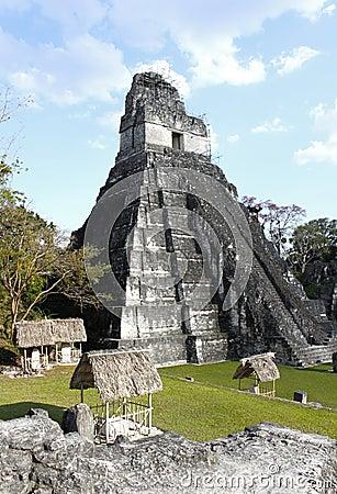 1 ναός tikal