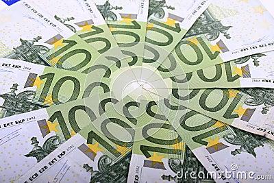евро 100 одних