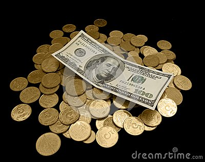 100 dólares y muchas monedas de oro