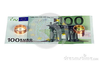 100 euro with two wedding rings