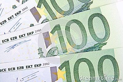 100 euros macro