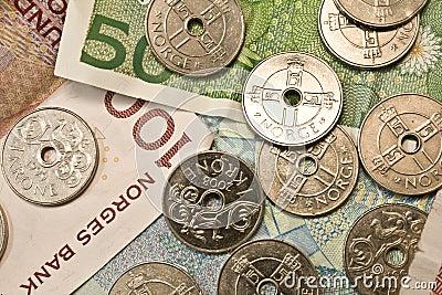 100-kroner and 50-kroner