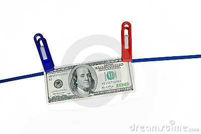 100 us dollar banknote hanging on a rope