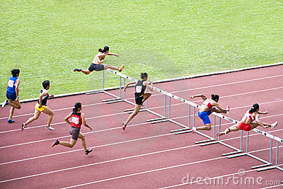 100m障碍s妇女