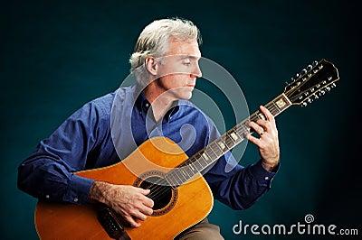 12-String Guitarist
