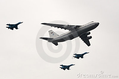 An-124 And Su-27 Royalty Free Stock Image - Image: 9276766