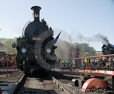 16th Steam Locomotive Parade 2009 - Loco 423 041 Editorial Photography